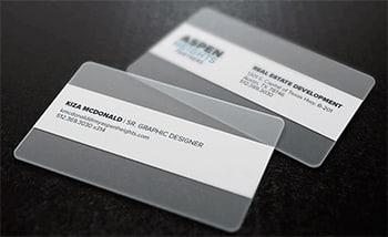внешний вид пластиковых визиток